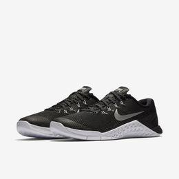 Tn_Nike_M4_Fem_Preto_38_144